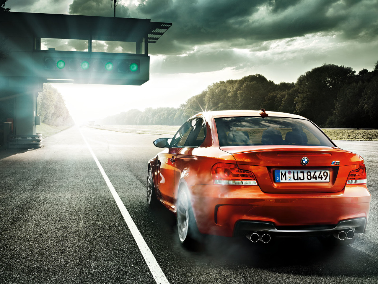 1600x1200_bmw_m1series_coupe_02