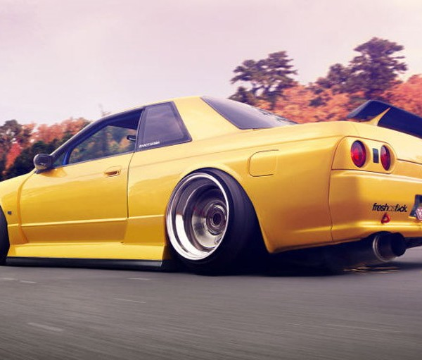 Nissan-Skyline-R32-Squatted