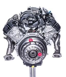 Motor aspirado V8