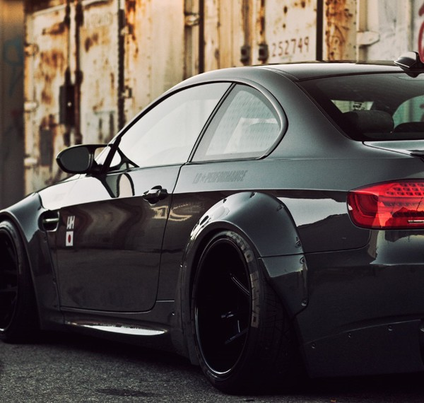 nitto-liberty-walk-rotiform-m3