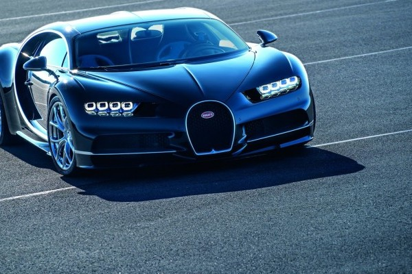 Bugatti-Chiron-43-740x400