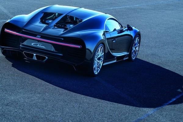 Bugatti-Chiron-47-740x400