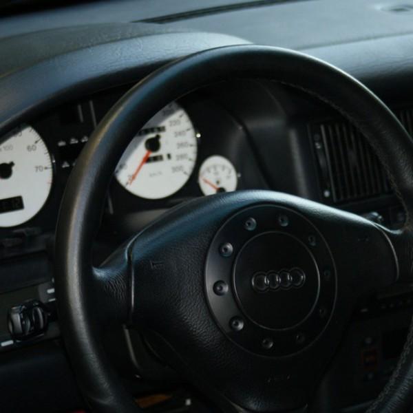 audi_rs2-interior
