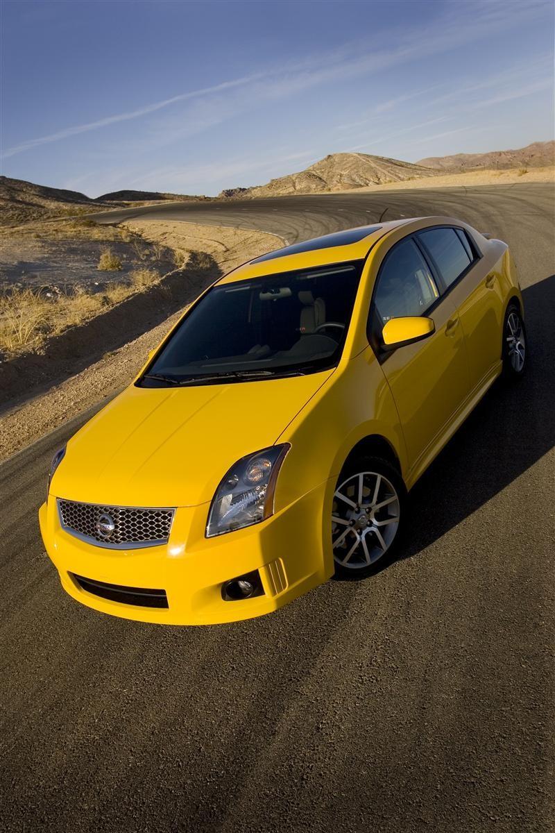 Nissan_Sentra_SER_2008 02 800