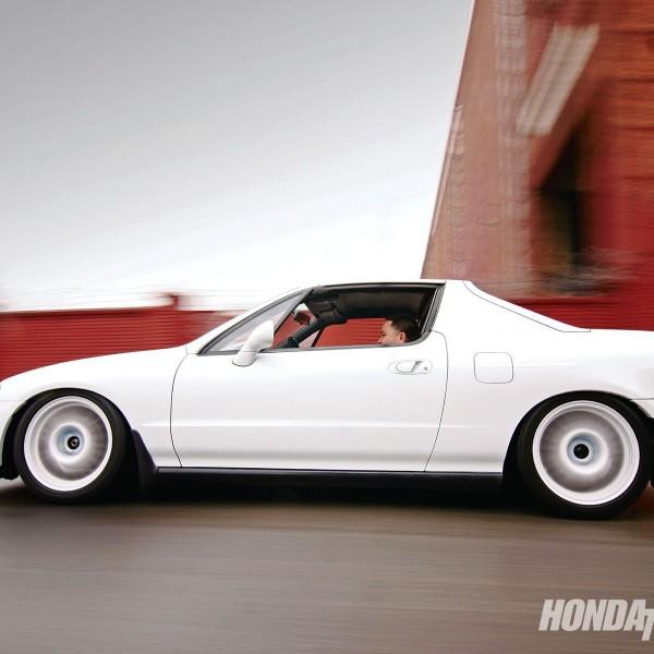 htup-0912-01-o+1994-honda-del-sol-s+driver-side-rolling