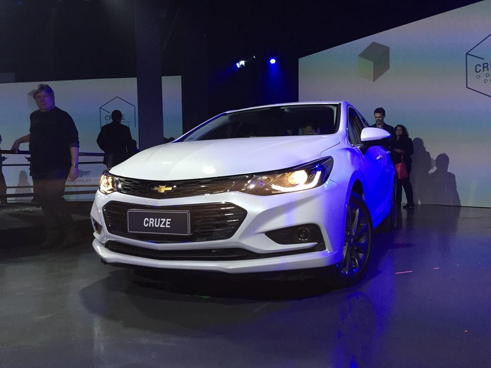 Novo-Chevrolet-Cruze-2017-1-1