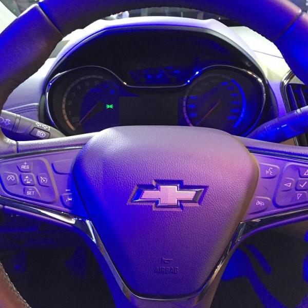 Novo-Chevrolet-Cruze-2017-10
