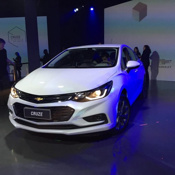 Novo-Chevrolet-Cruze-2017-7