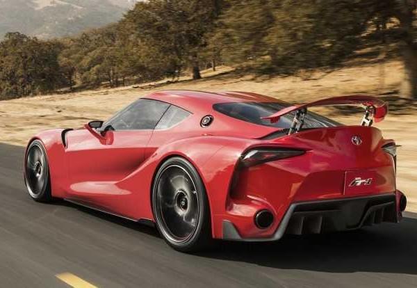 2017-Toyota-Supra-rear-view