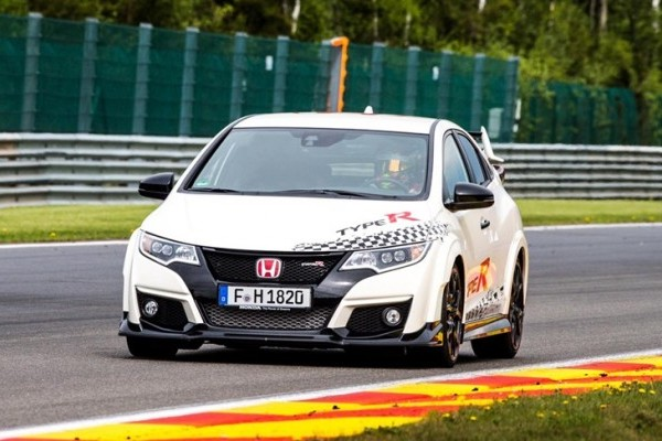73940_Honda_Civic_Type_R_sets_new_benchmark_time_at_Spa_Francorchamps_with_Honda-740x400