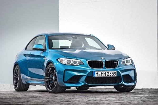 BMW-M2_Coupe-2016-1024-031-740x400