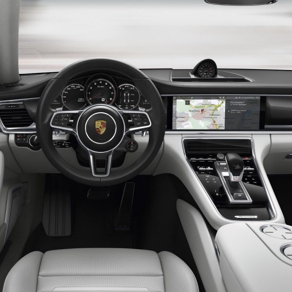 Novo-Porsche-Panamera-2017-11