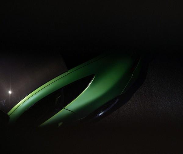 mercedes-amg-gt-r-teaser-image-21
