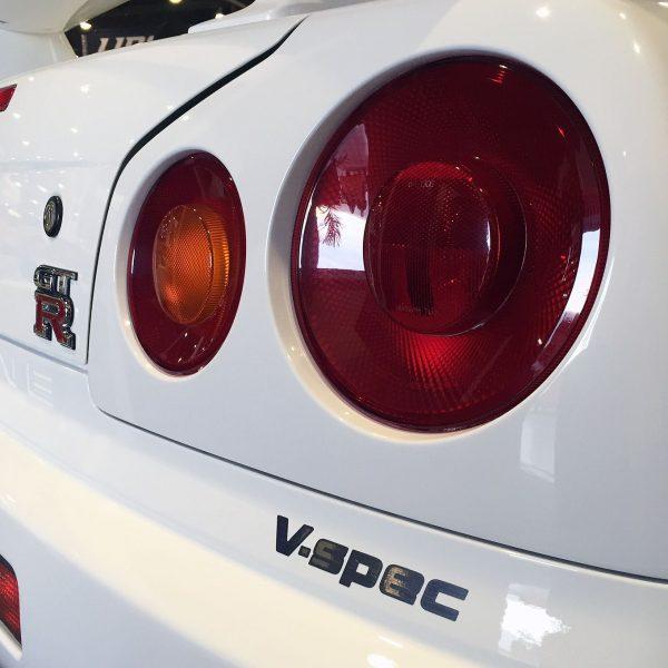 r34-rear-badges